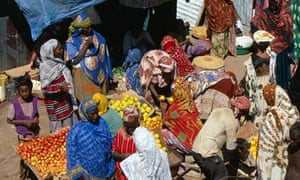 MDG : Somali region of Ethiopia : women on Jijiga Market