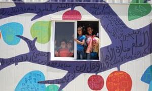 MDG : Syrian Refugees and housing : Zaatari refugee camp in Jordan