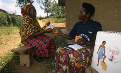 MDG : Family planning in Uganda : Volunteer of the Community Reproductive Health Workers (CRHW)
