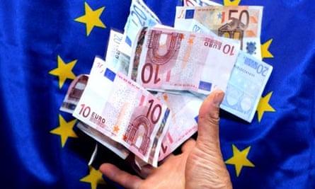 MDG : EU and Tax evasion : euros banknotes