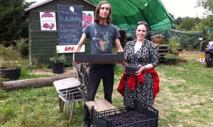 Blog on food waste : Kat Arney with Martin Bowman, gleaning co-ordinator for the Gleaning Network