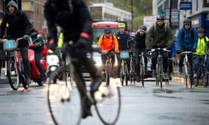 Bike blog :  Cyclists ride in front of traffic in central London