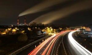 Carbon emissions in UK : traffic by Ferrybridge coal fired power station