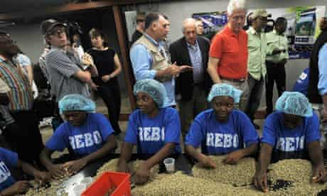 MDG : Haiti earthquake recovery : US investments and Bill Clinton in Haiti