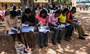 MDG : Women's rights : Nigerian girl students in Jos, Nigeria,