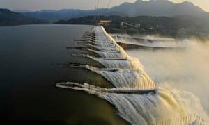 MDG Sarovar Dam Narmada River