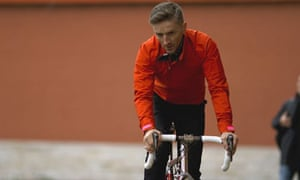 Rapha cycle clothes  easy to mock 0c03ed39d