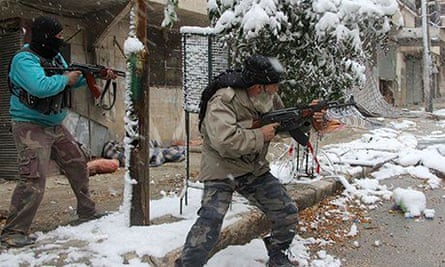 Syrian rebel fighters clash with pro-government forces in Aleppo