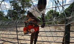 MDG: a Zimbabwean migrant