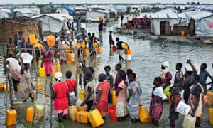 MDG : South Sudan : flooded IDP camp in Bentiu