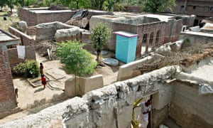 MDG : Toilets and end open-air defecation  in India