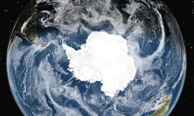 Antarctica ice sheet : Globe Centred On The South Pole, True Colour Satellite Image