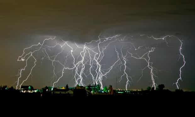 storm chaser Roger Hill of an amazing lightning storm