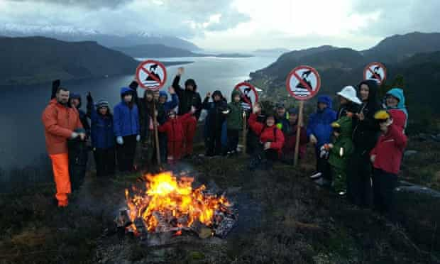 Førdefjord, a fjord Nordic Mining ASA plan to use as dump :  Friends of the Earth Norway protest
