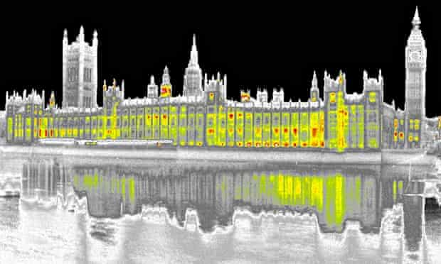 Climate change Act : Scientists measure heat loss of Houses of Parliament, London