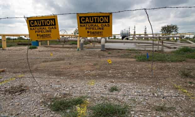 Fracking in Texas : toxic chemicals used for production of natural gas in the Barnett Shale