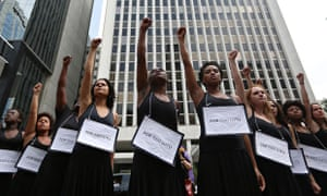 MDG : abortion in Brazil : demonstration demanding the legalization of abortion