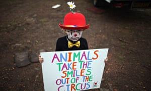 Wild animals in circus : protest outside Bobby Roberts Circus on Knutsford
