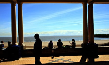 Climate Change : The Sunshine In South Wales After Weeks Of Bad Weather