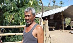 MDG : Coconut farmer in Tacloban, Philippines