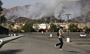 Fire in California Threatens Residential Neighborhood Near Glendora