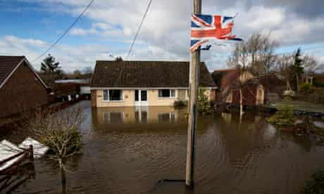 Floods in Somerset : Flooded town of Northmoor Green