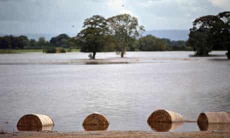 IPCC meeting in Yokohama : Major Floods Affects Northern England