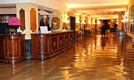 Sea level rising :  floods in Venice