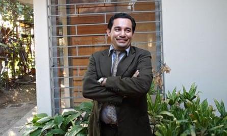 MDG : Abortion in El Salvador : Cristina Quintanilla's lawyer Dennis Munoz Estanley