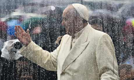 Environment and Pope Francis :  Saint Peter's square in the Vatican on rainy day
