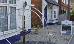 Bike blog : hotel for bicycle, The Penny Farthing Hotel