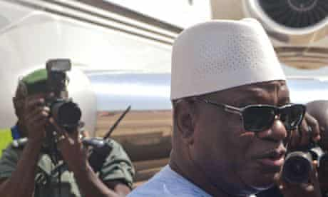 MDG : Mali president Ibrahim Boubacar Keita arrives with his new airplane at Conakry airport