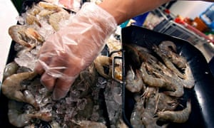MDG : Thailand seafood industry and slavery : shrimps for sale in supermarket