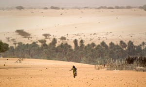MDG : LDC and desertication : a well in Barrah, a desert village in the Sahel belt of Chad