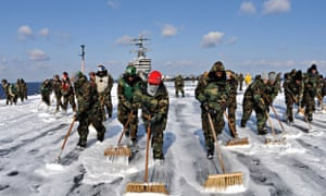 Tsunami and Fukushima accident : USS Ronald Reagan sailors during Operation Tomodachi
