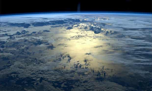 Concentrations of CO2 ( Carbon dioxide ) in the atmosphere