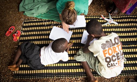 MSF : Ebola psycholical impact : MSF psychologist at Kailahun Treatment Center