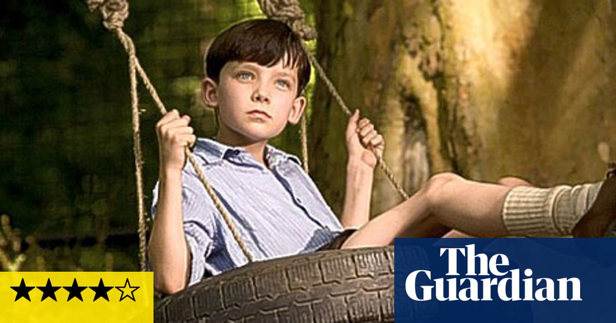 An Analysis of the Character of Huckleberry Finn in Mark Twains Novel The Adventures of Huckleberry