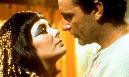 Elizabeth Taylor and Richard Burton in Cleopatra