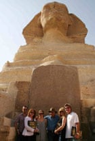 Josh Duhamel, Susan Sarandon, Alicia Silverstone, Goldie Hawn and Kurt Russell pose in front of the Sphinx