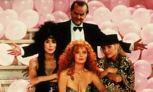 Cher, Jack Nicholson, Susan Sarandon and Michelle Pfeiffer in The Witches of Eastwick