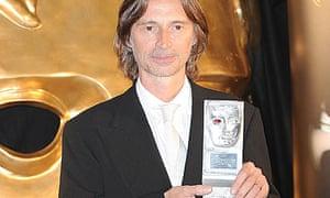 Robert Carlyle with his 2009 Bafta Scotland award