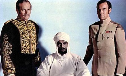 Charlton Heston, Laurence Olivier and Richard Johnson in Khartoum (1966)