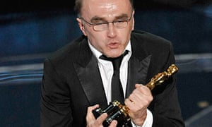 Danny Boyle with his Oscar for best director