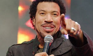 Lionel Richie performing in Hyde Park, London, in 2004