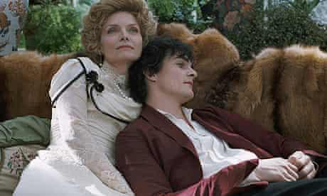 Michelle Pfeiffer and Rupert Friend in Chéri