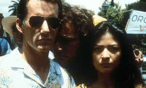 James Woods, James Belushi and Elpidia Carrillo in Salvador (1986)