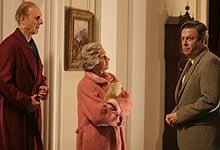James Cromwell, Helen Mirren and Roger Allam in The Queen (2006)