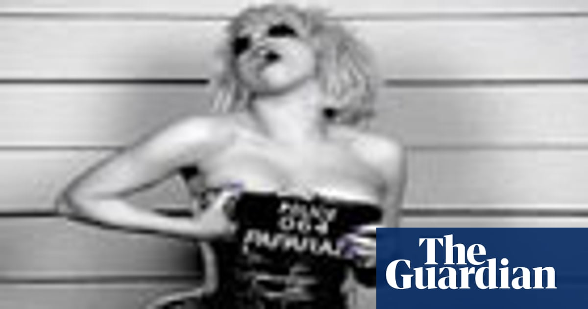 Lady GaGa – Paparazzi | Pickard of the pops | Music | The