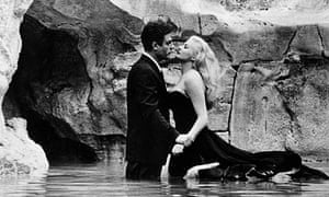 Marcello Mastroianna and Anita Ekberg in La Dolce Vita (1960)